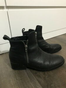 Cougar Connect Boots