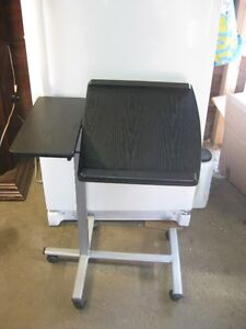 GREAT ADJUSTABLE LAPTOP PORTABLE TABLE