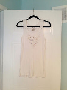 Women's OLD NAVY Shell Tank Top Size Large - $4.00!!!
