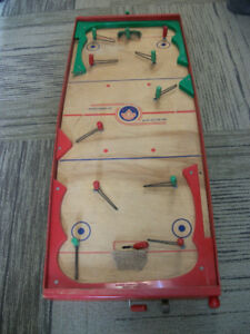 Munro tabletop hockey game made in 1952