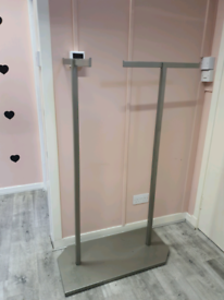 Clothes rack Commercial (sturdy)