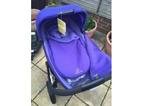 Quinny Moodd with brand new carrycot