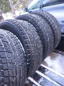 4 _275/65/18 Yokohama Ice Guard Winter Tires