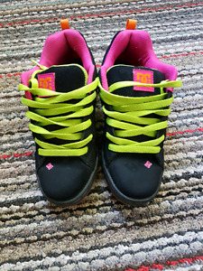 Womans / Teen Size 6.5  DC'S