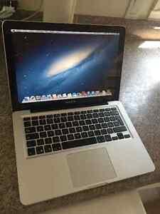 Macbook PRO 13'' 2.5 Ghz i5 4Gb ram 512HD MID 2012 !