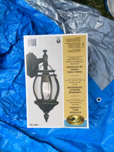 New in Box - Outdoor Light