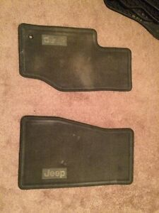 Jeep Grand Cherokee floor mats (front only)