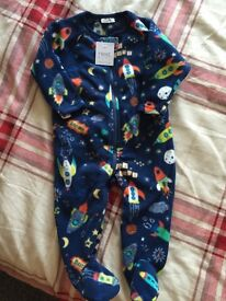 Brand new from next,boys fleece baby grow 6-9months