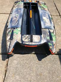 Angling technics microcat bait boat