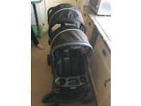 Double pushchair sit and stand