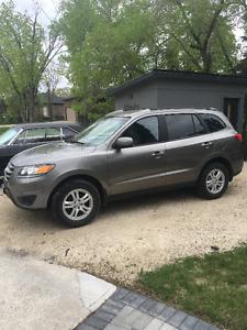 2012 Hyundai Santa Fe GLS, Saftied, BlueTooth, FWD,Remote Start