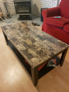 3Pc set Coffee table & 2 end tables