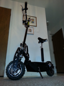 Rare 1600 Watt High Speed Electric Scooter 35mph,  Last Model