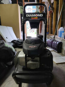 2800 PSI Diamond Power Washer - Great Condition!