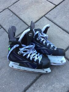 Junior Hockey Skates - patins hockey jeunes