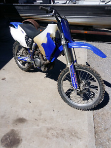 2001 yz250f.  In good shape READ AD!!! CASH ONLY