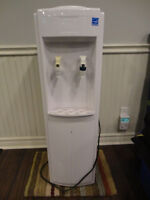 Vail Electrotemp White Premium Bottle Water Cooler -Works Great