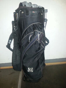 SportsTrek golf bag and cart/sac de golf et voiturette