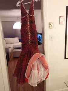 Magnifique robe de bal 250$