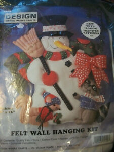 Design Works Crafts Snowman Squirrel Raccoon Wall Hanging Kit