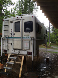 9.5 Bigfoot camper