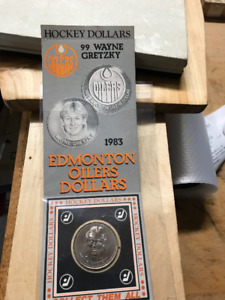 VINTAGE 1983 WAYNE GRETZKY DOLLAR COIN AND CARD PRISITINE