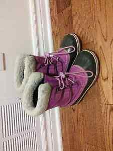Sorel boots, size 2