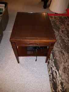 2 End Tables with glass tops Kingston Kingston Area image 1