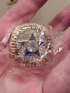LARGE HEAVY DALLAS COWBOYS STAHBACH SUPER BOWL CHAMPIONSHIP RING