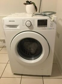 Samsung ecobubble™ WF70F5E2W4W Washing Machine.