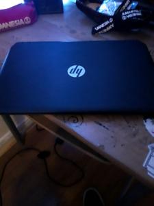 Ordinateur portable HP (300$)