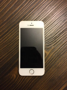 MINT iPhone 5s gold