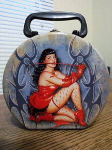 Bettie Page Rare Vandor Retro Lunchbox Tin Round Rare