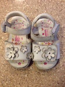 Size 5 White Toddler Sandals