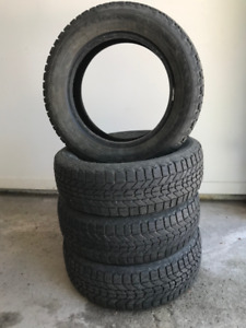 4 winter tires / 4 pneus d'hiver - Firestone Winterforce 185/65R