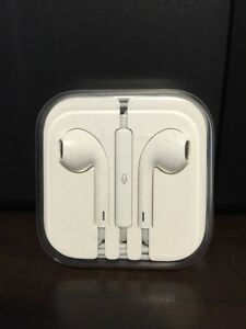 Original Unopened Apple EarPods with Remote and Mic