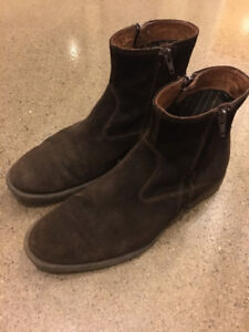 Johnston & Murphy Brown Suede Chelsea Boots - Size 8