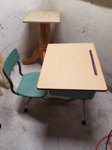 Kids Desk - Old School Desk