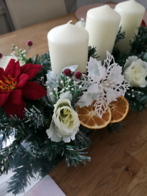 Centrepiece and wreaths