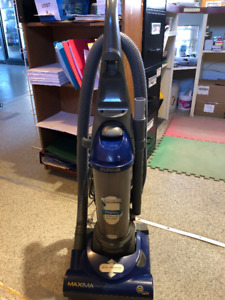 Eureka Bagless  Stand up Vacuum