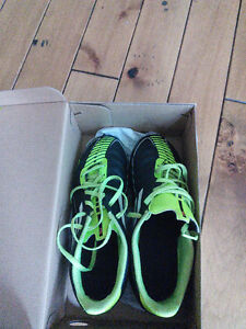 Adidas F50 soccer cleats sz US3 excellent condition