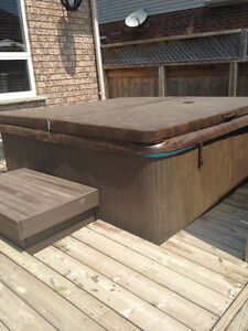 **AS IS** 1998 Beachcomber Model 350 Hot Tub-OBO