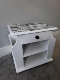 Magazine rack/table -Upcycled.