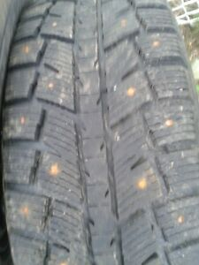 "Set of 4-225/70/16"" Studded winter tires on Rims,Lots of tread"