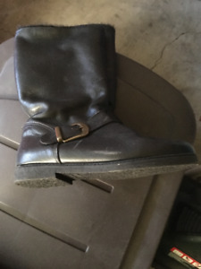 brand new calf length leather boots