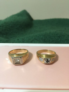 2 Mens Gold Rings