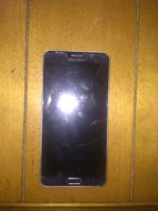 Samsung note5  unlocked new screen and back $275