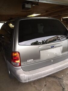 Ford star 2002 whit low km