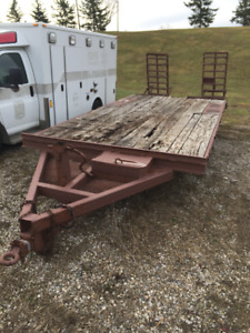 18 FOOT TANDEM TRAILER WITH BEAVER TAIL/RAMPS $2000
