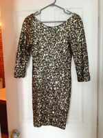 BLACK-GOLD SEQUINED MM COUTURE DRESS SIZE S